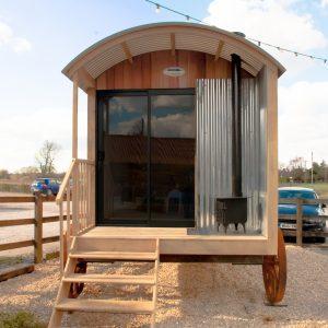 show hut