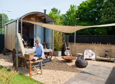 David & Julia's Versatile Home Office