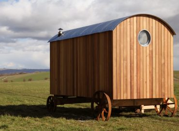 Choosing The Cladding For Your Shepherd's Hut