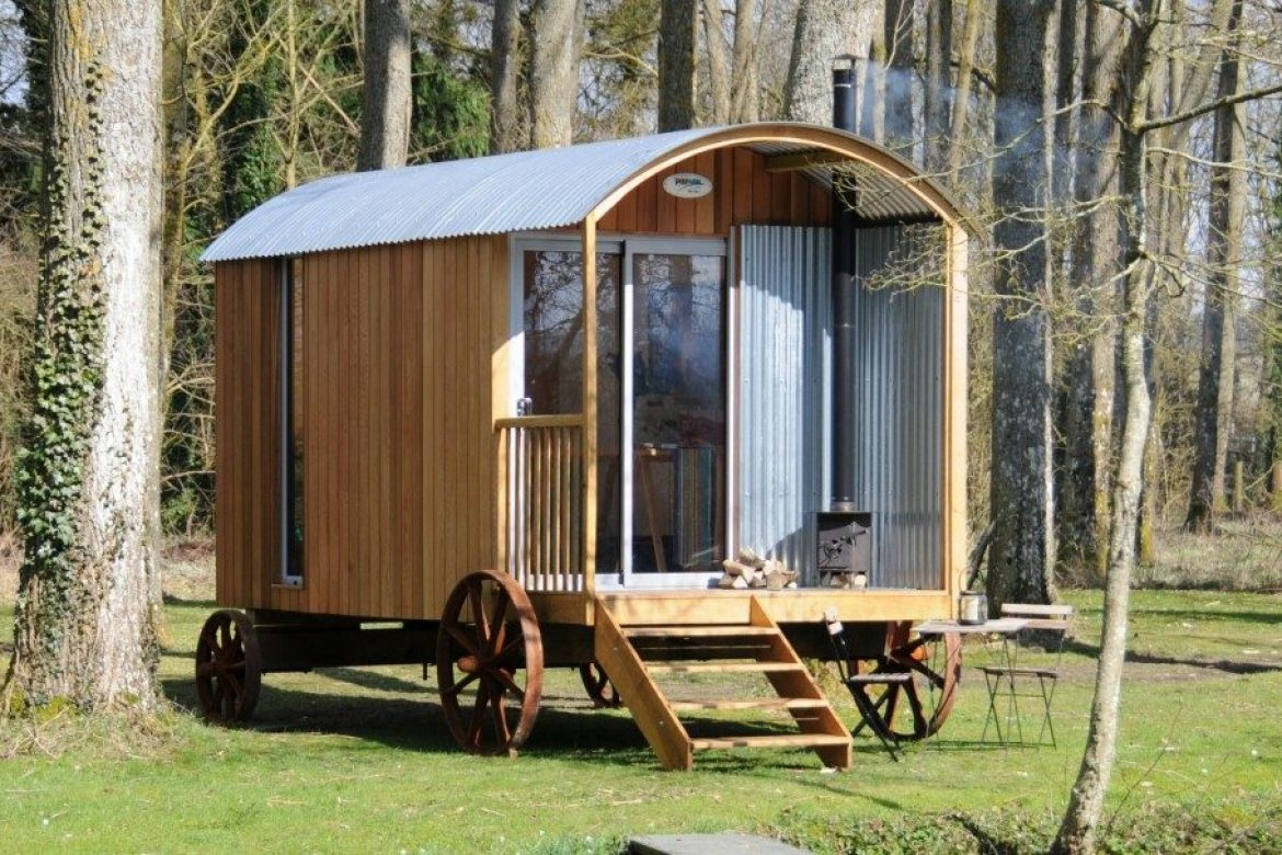 The top five questions about our shepherd s huts plain huts for Garden hut sale